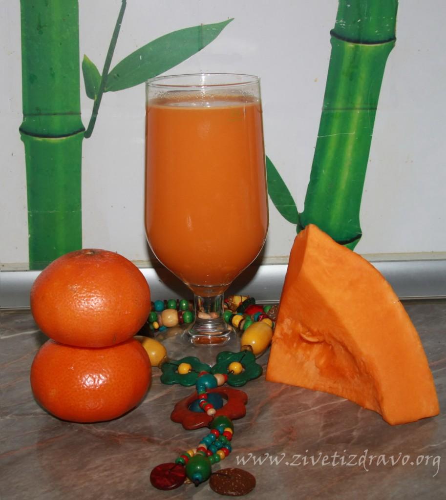 Sok od bundeve i mandarine