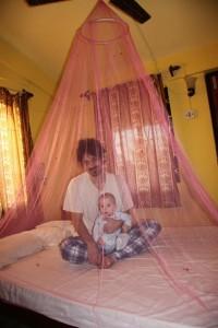 mrezica iznad kreveta