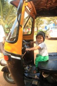 Rikša, omiljeno sredstvo prevoza u Indiji (19 meseci)