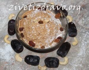 Krem sa kokosom i suvim kajsijama